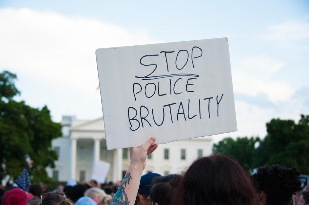 stop police brutatlity